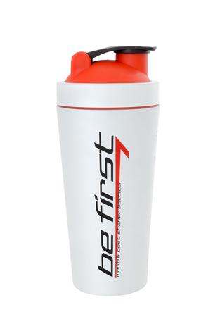 Купить Шейкер BeFirst на 700 мл. металлический белый с красной крышкой